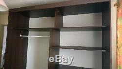 Large sliding mirror door wardrobe
