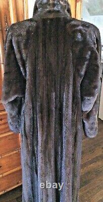 Louis Feraud Full Length Female Mink Coat, Mahogany, Sz L, Excellent Condition