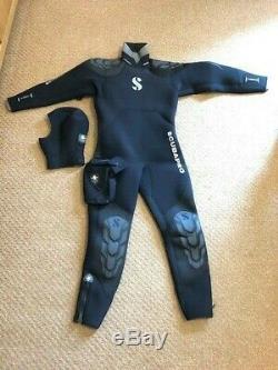 Scubapro novaScotia Mens (L) 7.5mm Semi Dry wetsuit