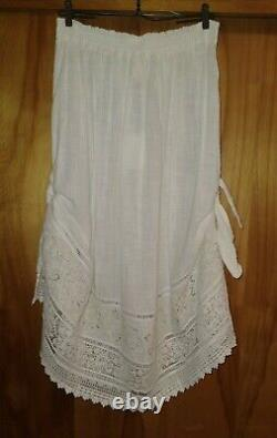 Spell and the gypsy collective Abigail Sidebtie Skirt Size Large In White