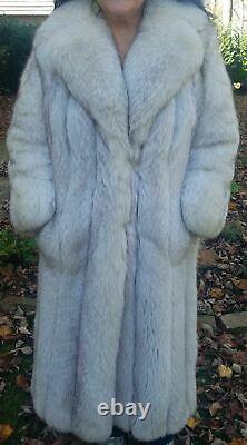 Stunning Luxurious Genuine Norwegian Blue Fox Size L/xl Full-length Fur Coat