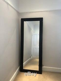 Dwell Grand Miroir Noir Brillant Cadrage En Miroir