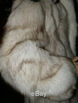 Longueur Totale 52 Fox Platinum Avec L'ombre En Fourrure De Renard Tuxedo Manteau Taille 12/14-l