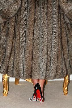 Réel Cadrage En Cristal D'argent Saga Fox Manteau De Fourrure Longue Indigo Veste Taille L XL