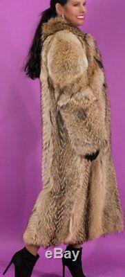 Vente Coyote Manteau De Fourrure Taille Pleine Longueur Petit