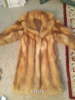 Vintage De Luxe Red Fox Fur Coat Cadrage, Incroyable